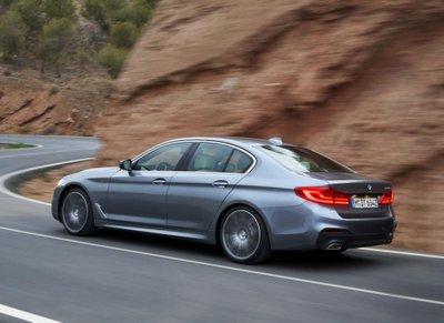 """Tóm gọn """"hàng hiếm"""" BMW 5-Series thế hệ mới lăn bánh tại Hà Nội a7"""