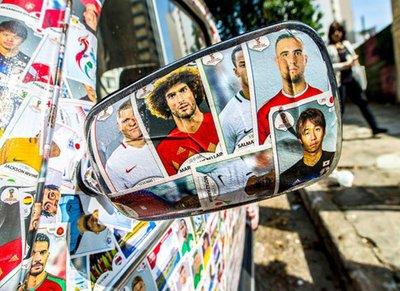 Volkswagen Beetle gây sửng sốt với bộ cánh in ảnh 1.500 cầu thủ World Cup 2018 4.