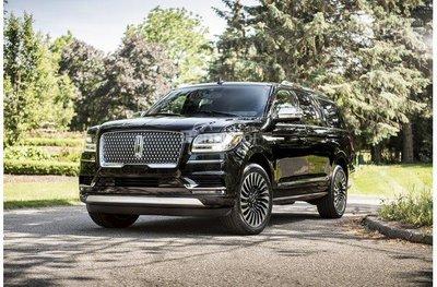 7 mẫu ô tô tái thiết kế đáng tiền nhất 2018 Lincoln Navigator 2018 z