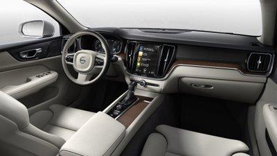 Volvo S60 2019 công bố giá bán chỉ từ 800 triệu đồng 2a
