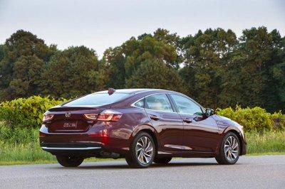 Honda Insight 2019 - Xe hybrid giá bình dân chỉ từ 523 triệu tại Mỹ a8