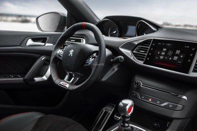 Nội thất Peugeot 308 thế hệ hiện tại z