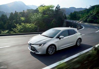 Toyota Corolla Sport 2018 ra mắt tại Nhật Bản 2a