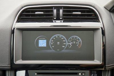 Jaguar Land Rover thử nghiệm công nghệ kết nối xe mới 5