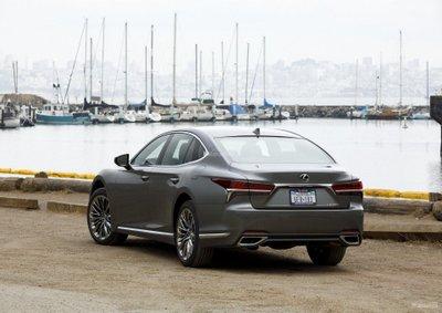 Lexus dự định ra mắt một mẫu xe pin nhiên liệu mới 2a