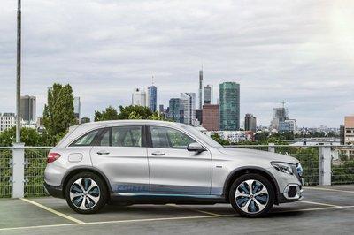 Ford và Daimler kết thúc liên doanh nghiên cứu công nghệ pin nhiên liệu 2aa