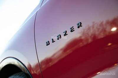 Đối thủ của Chevrolet Blazer 2019 z
