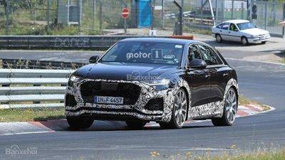 Audi RS Q8 lộ diện trên đường chạy thử - 1