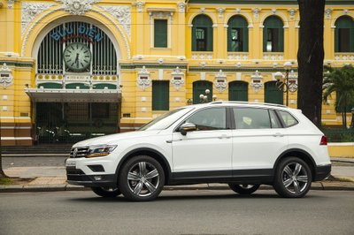 Tháng 7 này, Volkswagen Tiguan Allspace 2018 chính thức mở bán tại Việt Nam a13