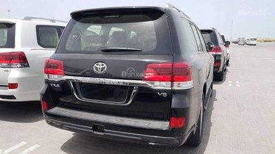 Toyota Land Cruiser mới nhập tư nhân hét giá chát, từ 5-7 tỷ đồng a2