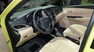 Toyota Yaris 2018 ra mắt phiên bản G có giá bán 650 triệu đồng 7.