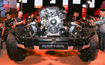 Những điều khiến Ford Ranger Raptor vượt trội hơn Ford Ranger thông thường