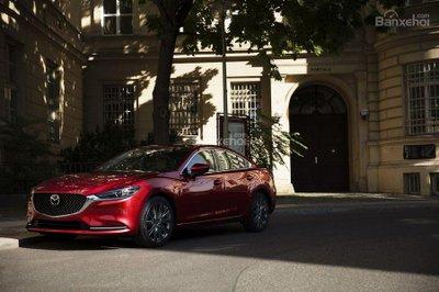 Mazda 6 2018 sẽ được cập nhật Android Auto và Apple CarPlay miễn phí vào tháng 9 tới đây
