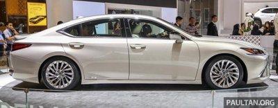 Soi chiếc Lexus ES 2019 đầu tiên cập bến Indonesia a4