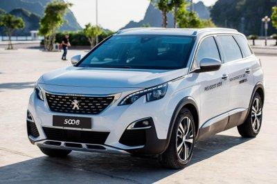 Khách mua Peugeot 5008 và 3008 All New hưởng ưu đãi đặc biệt trong tháng 8 a6
