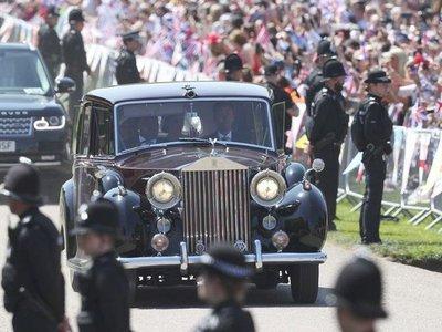 Bộ sưu tập xe Rolls-Royce trị giá 6,4 triệu USD của Hoàng gia Anh chuẩn bị lên sàn đấu giá a8
