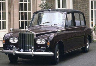 Bộ sưu tập xe Rolls-Royce trị giá 6,4 triệu USD của Hoàng gia Anh chuẩn bị lên sàn đấu giá a5