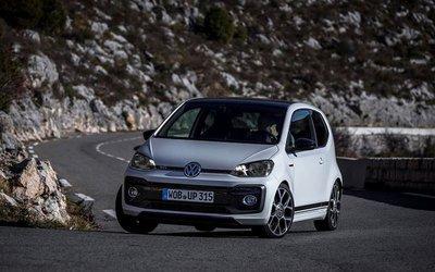 Top 10 mẫu xe có trọng lượng siêu nhẹ và tiết kiệm nhiên liệu tốt nhất tại Anh 5.