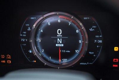 Chiếc siêu xe Lexus LFA thuộc diện hàng hiếm sắp lên sàn đấu giá a23