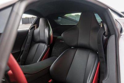 Chiếc siêu xe Lexus LFA thuộc diện hàng hiếm sắp lên sàn đấu giá a27