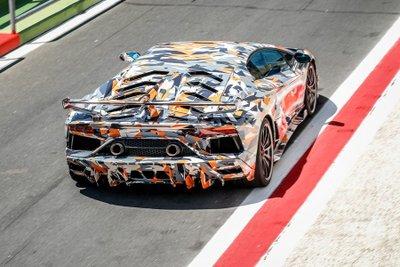 Lamborghini Aventador SVJ hé lộ màu sơn ngoại thất trước ngày ra mắt a4