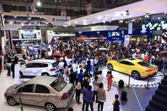 """Option - """"Công cụ"""" làm loạn giá thị trường ô tô Việt Nam a1"""