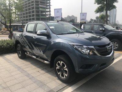 Miễn thuế và thêm trang bị, giá xe Mazda BT-50 2018 nhập giảm mạnh a4