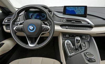 SiSiêu xe BMW i8 tại Việt Nam có giá bao nhiêu? a9