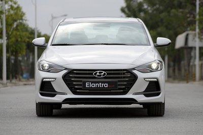 Hyundai Elantra bán ra 634 xe trong tháng 7/2018.