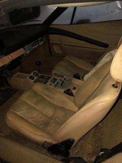 Siêu xe Lamborghini Countach 5000S 2