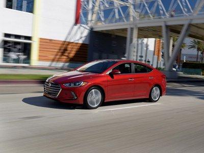 10 mẫu sedan dưới 500 triệu đồng tốt nhất hiện nay: Có Honda Civic và Hyundai Accent 4.