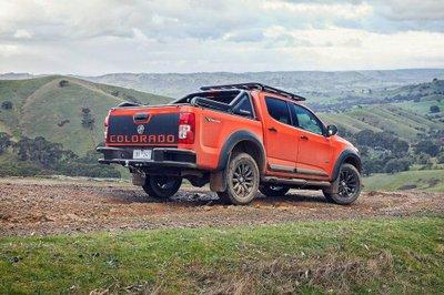 Chevrolet Colorado ra mắt phiên bản thể thao đối đấu Ford Ranger Raptor - Ảnh 2.