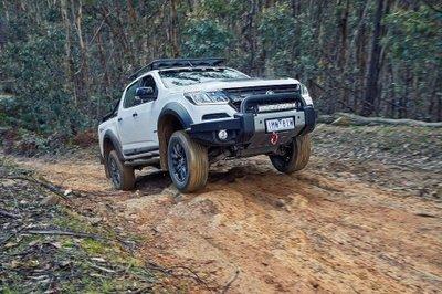Chevrolet Colorado ra mắt phiên bản thể thao đối đấu Ford Ranger Raptor - Ảnh 3.