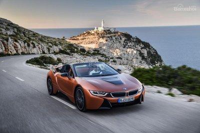 Từ bỏ động cơ 3 xi-lanh, BMW i8 sẽ dùng động cơ mạnh hơn - 1