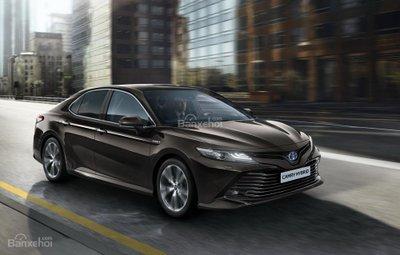 Peugeot và Toyota tiếp tục cược lớn vào sedan hạng trung - 2