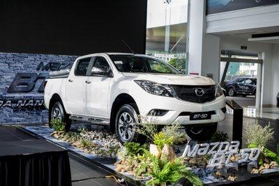4 ô tô mới ra mắt Việt Nam đầu tháng 8:Mazda BT-50 2018