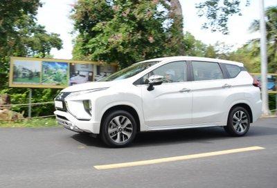 """4 ô tô mới ra mắt Việt Nam đầu tháng 8: Mitsubishi Xpander 2018 giá """"siêu rẻ"""".."""