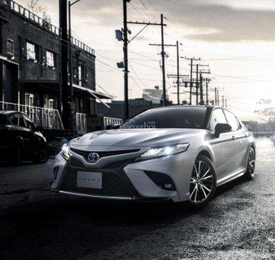 Toyota Camry Sport 2018 mở bán tại Nhật Bản.