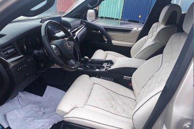 Cận cảnh chiếc Lexus LX570 bản độ 4 chỗ giá 11 tỷ đầu tiên tại Việt Nam a8