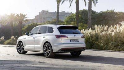 Đối đầu Lexus RX L, Volkswagen Touareg mới sẽ sớm ra mắt thị trường Việt - Ảnh 3.
