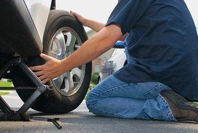 Dừng đỗ xe khẩn cấp trên đường cao tốc sao cho an toàn? 4.