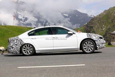 Volkswagen Passat 2019 chạy thử, cải tiến phần cứng rõ rệt 3