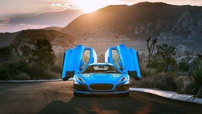 Phiên bản đặc biệt Rimac C_Two California Edition có giá hơn 54 tỷ đồng 1.