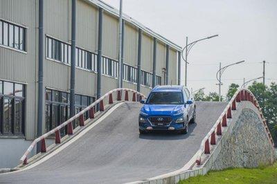 Ảnh chi tiết Hyundai Kona 2018 vừa ra mắt thị trường Việt Nam a9