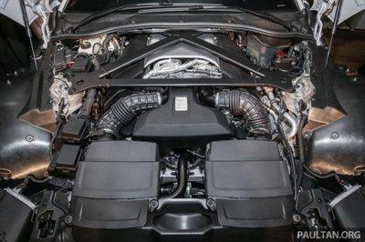 Aston Martin V8 Vantage 2018 trình làng tại Malaysia, giá hơn 8 tỷ 19