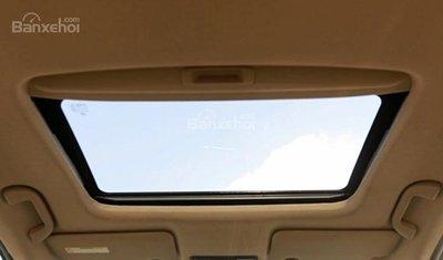Suzuki Ciaz 2019 thiếu lựa chọn cửa sổ trời.