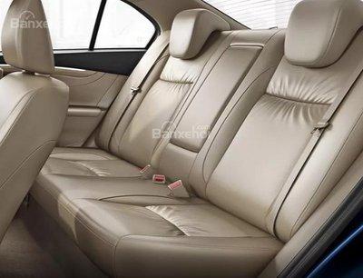 Suzuki Ciaz 2019 thiếu túi khí an toàn cho hàng ghế sau.