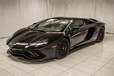 10 siêu xe tốt nhất hiện nay: Hội tụ siêu phẩm của Lamborghini và Ferrari 9.