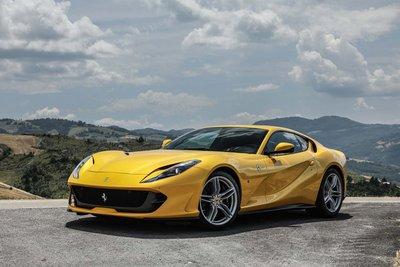 10 siêu xe tốt nhất hiện nay: Hội tụ siêu phẩm của Lamborghini và Ferrari 4.