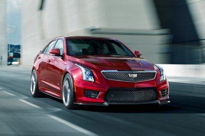 10 xe sang an toàn có giá dưới 1,1 tỷ đồng đáng mua nhất: Kia Stinger đầu bảng 10.